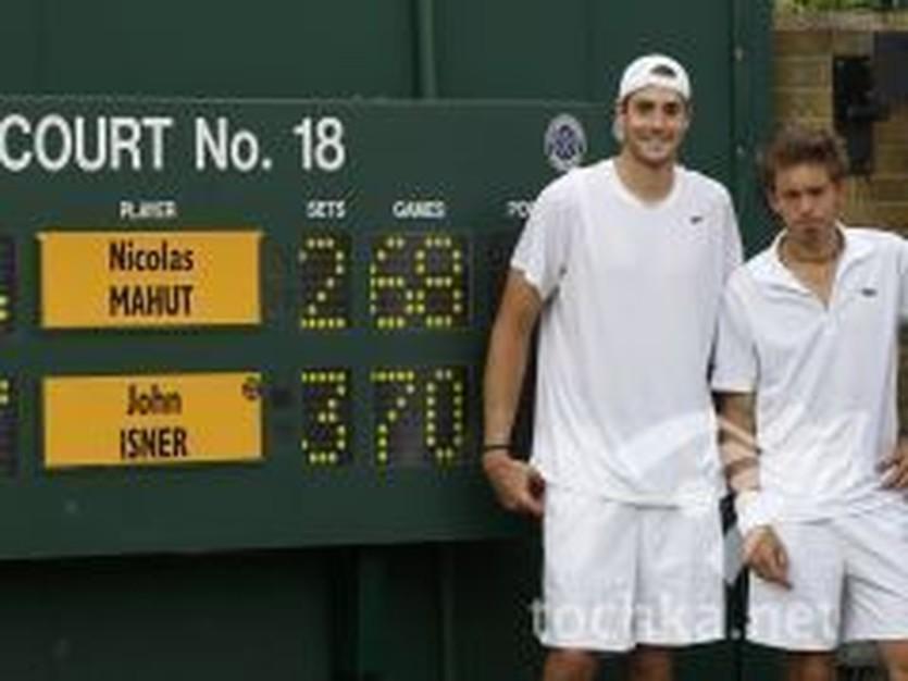 Д.Иснер и Н.Маю, фото Reuters