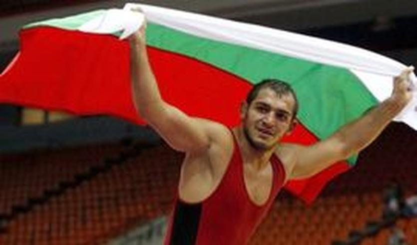 Михаил Ганев, sport.bg