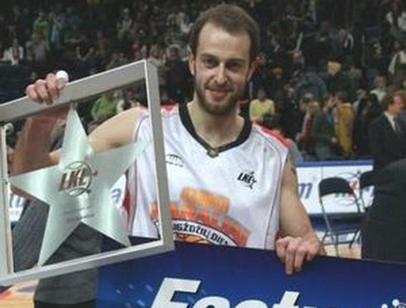 Айварас Кяушас, dunkcontest.free.fr