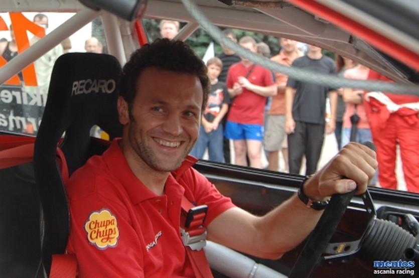 Алексей Кикирешко, Mentos Ascania Racing