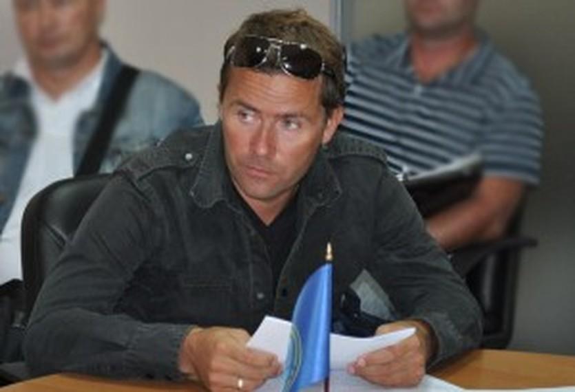 Роман Каравай, fhu.com.ua