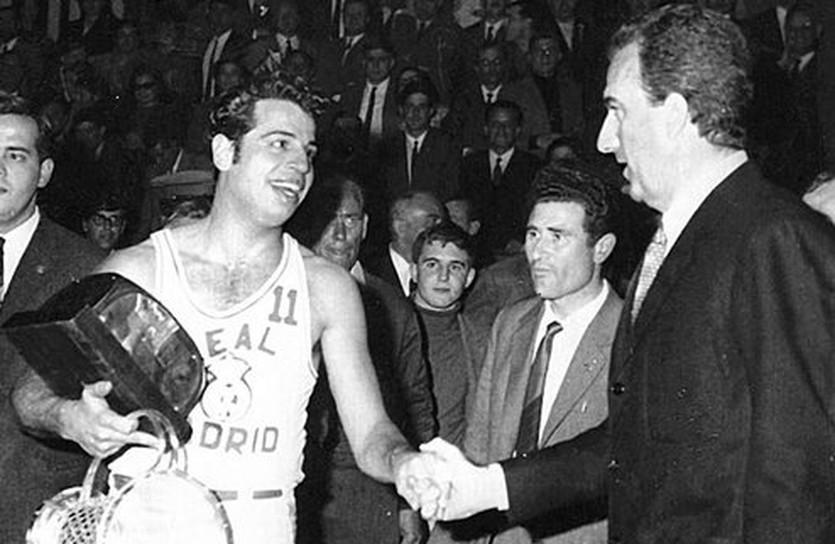 1967 год. Только что Рубини (справа) проиграл Реалу Кубок чемпионов, euroleague.net