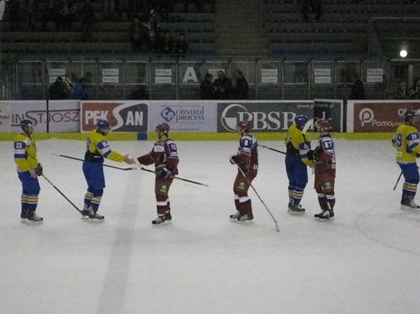 Похоже, Украина и Россия в этом сезоне больше не встретятся. Фото iSport.ua