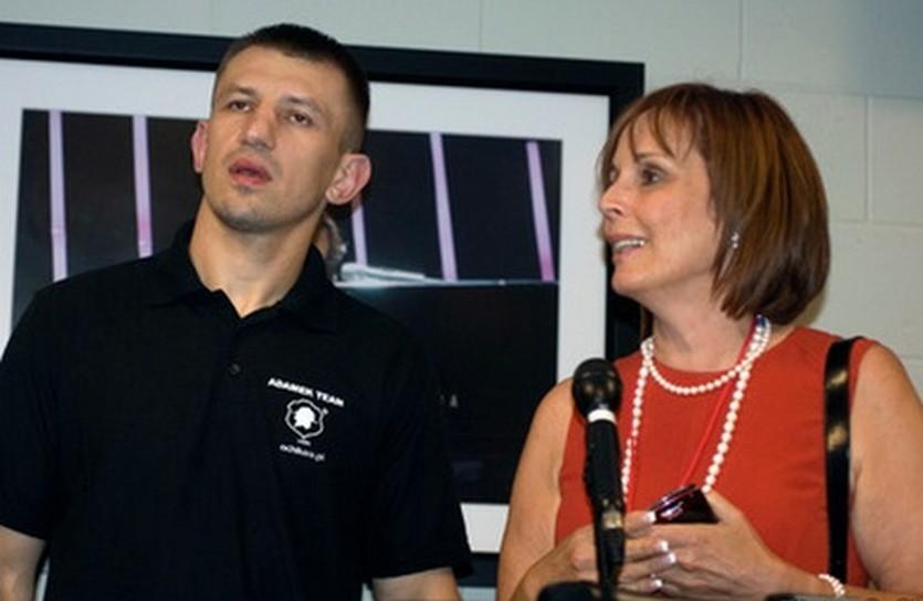 Томаш Адамек и Кэти Дува, eastsideboxing.com