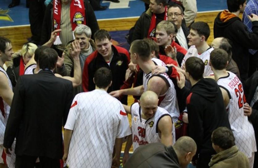 В момент радости, фото БК Кривбассбаскет