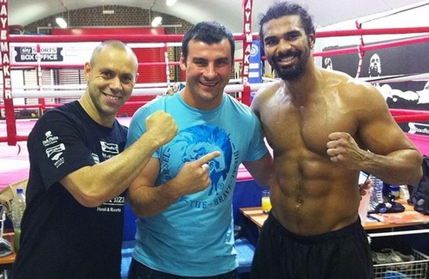 Кальзаге и Хэй, boxingscene.com