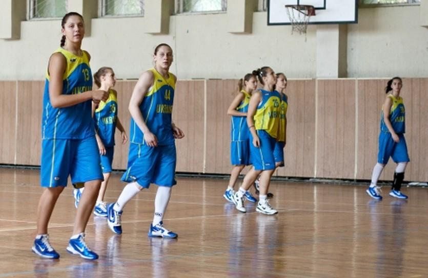 Похоже, стоит потренироваться..., фото media.ukrbasket.net