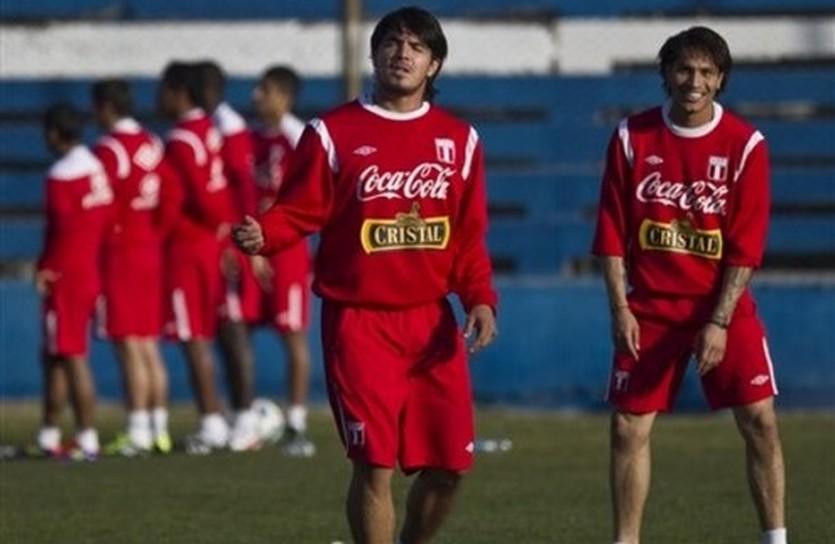 Огорчат ли Чили перуанцы? AP