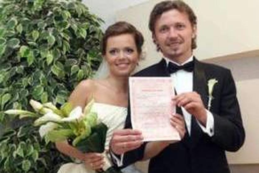 Андрей Корнев с женой, google.com