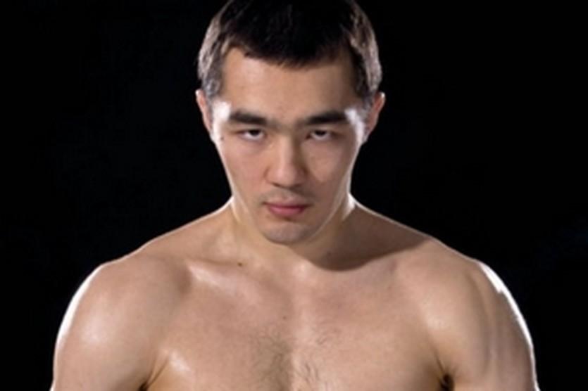Бейбут Шуменов, boxnews.com