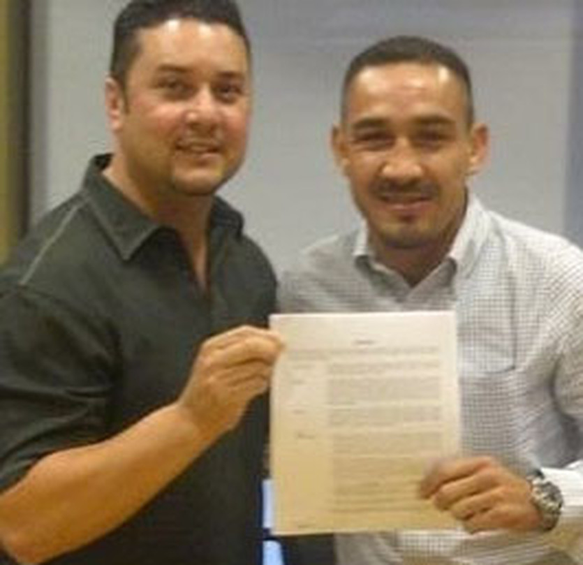 Умберто Сото с новым контрактом, boxingscene.com
