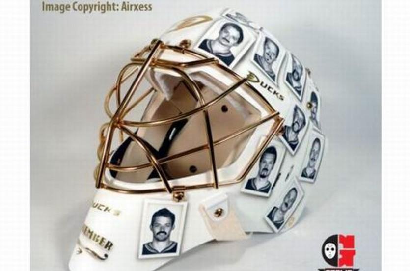 НХЛ. У Хиллера будет новая маска