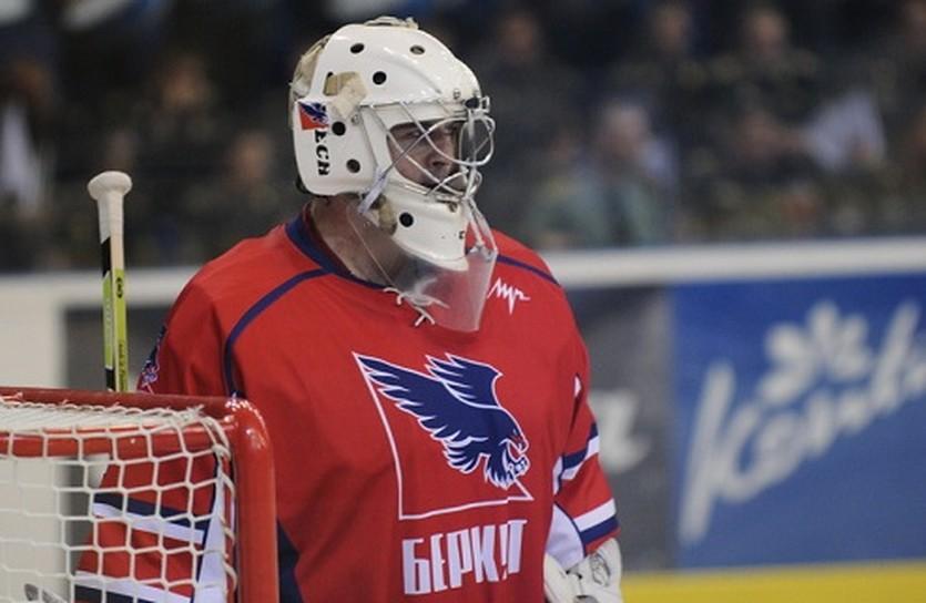 Карпенко не выстоял...Фото iSport.ua