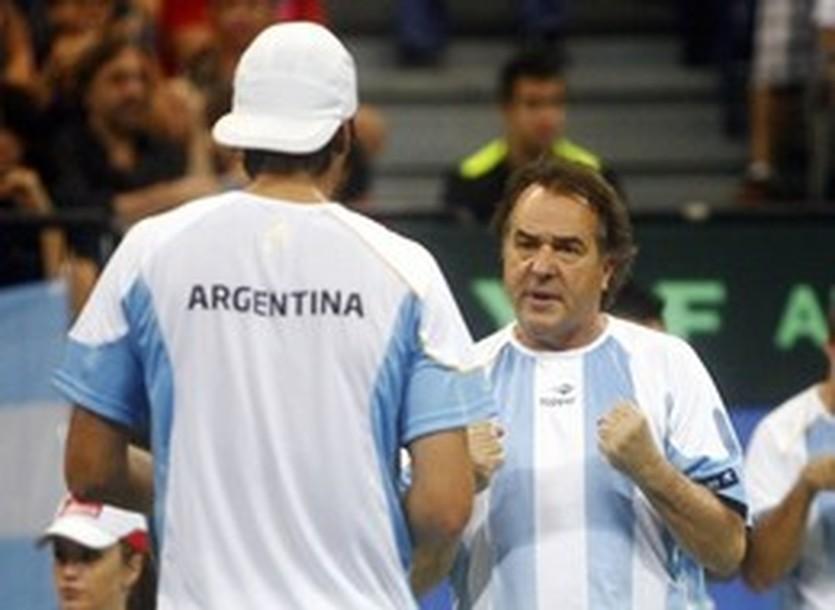 Тито Васкес (справа), Reuters