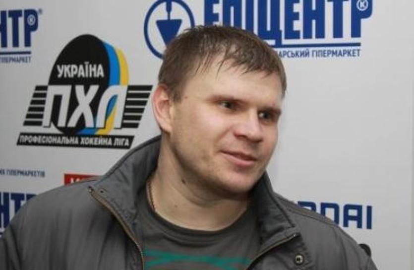 Василий Полоницкий, ХК Акулы