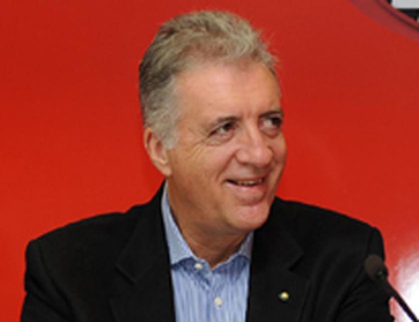Пьеро Феррари, АР