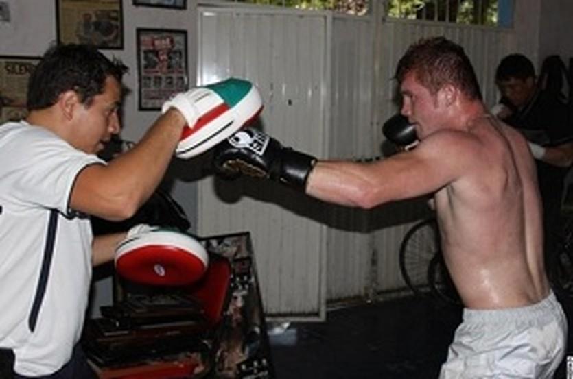 Сауль Альварес, boxingscene.com