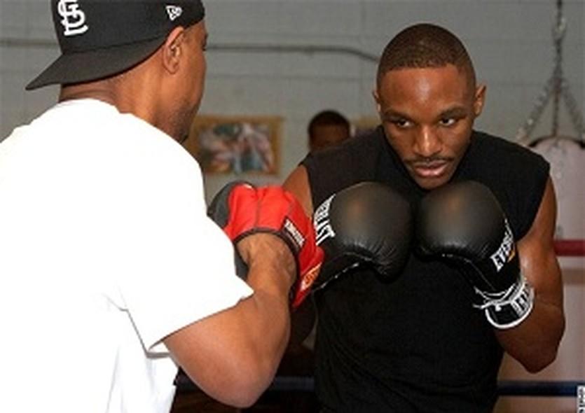 Девон Александр, boxingscene.com