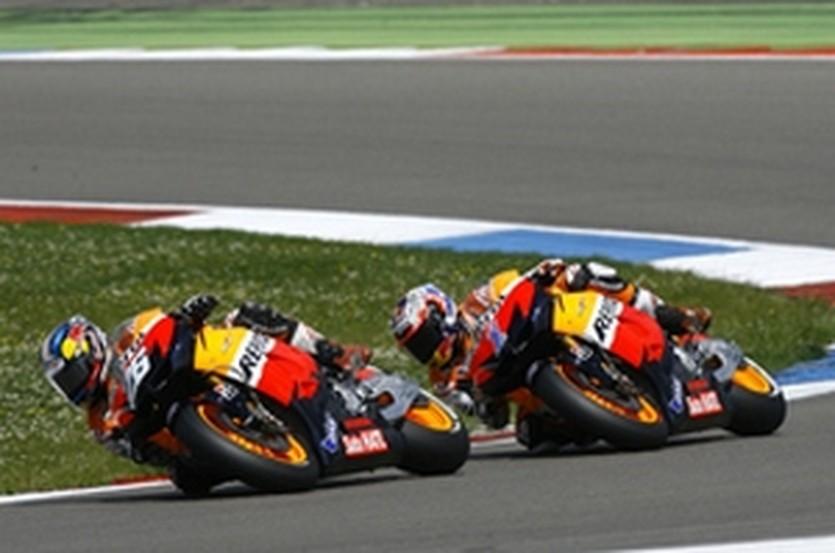 Педроса и Стоунер, autosport.com