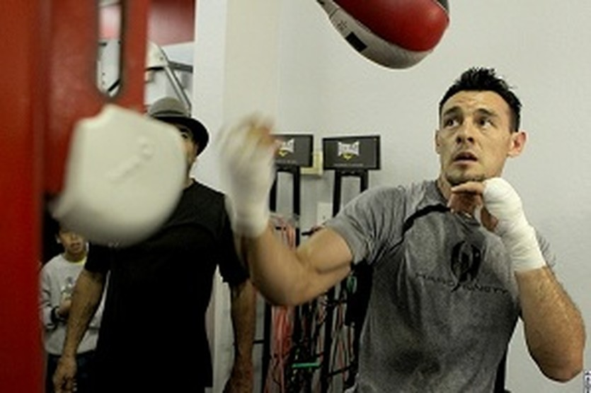 Роберт Герреро, boxingscene.com