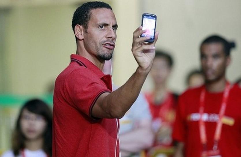 Фердинанд: есть время на твиттер, AP
