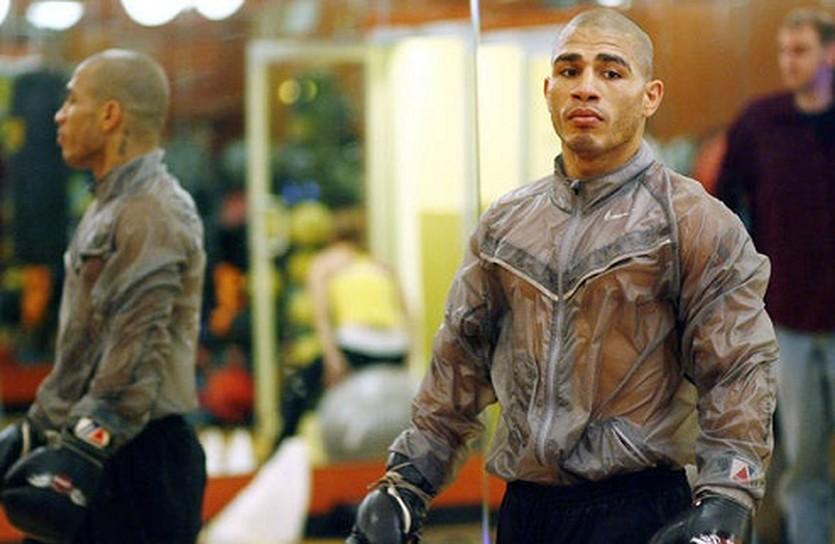 Мигель Котто, boxingscene.com