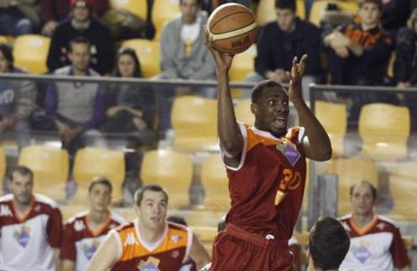 Джарвис Варнадо, basketfoundation.com