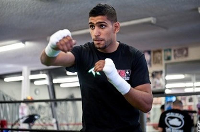 Амир Хан, boxingscene.com