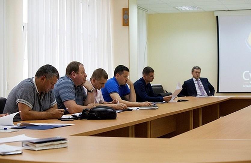 Им выбирать нового руководителя, фото Алексея Наумова