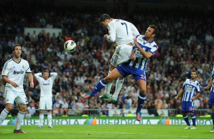 Карлос Марчена в игре против Реала, Getty Images