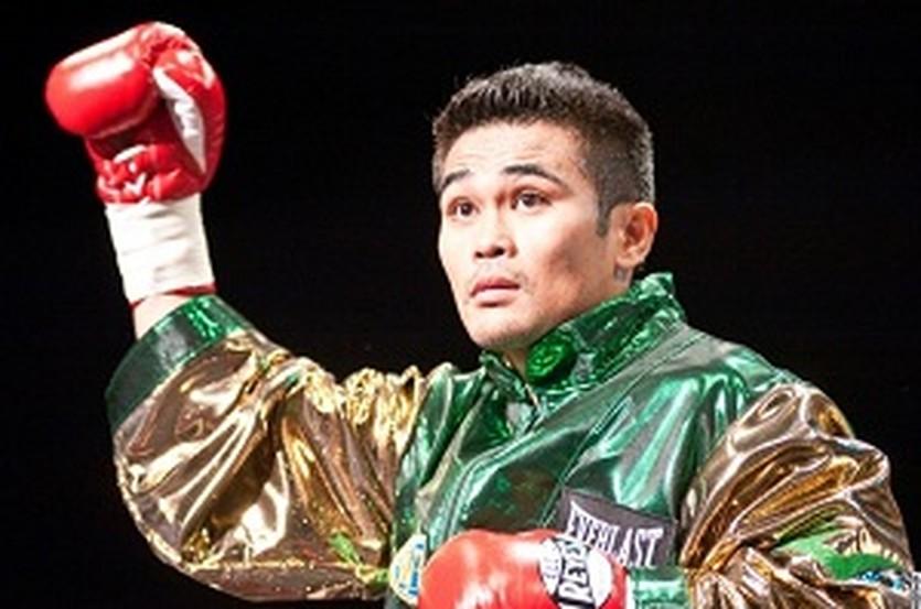 Брайан Вилория, boxingscene.com