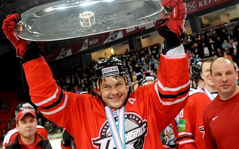 Евгений Дадонов, hcdonbass.com