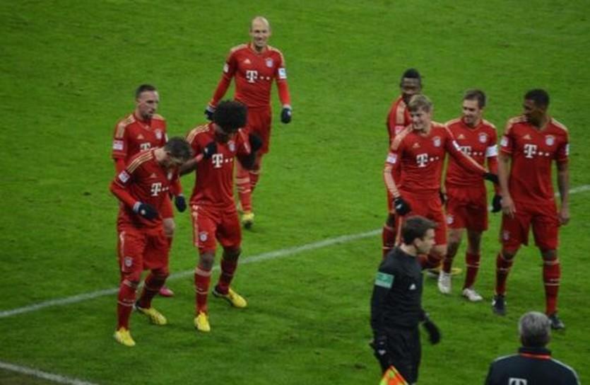 Бавария пляшет, фото ФК Бавария