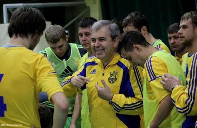 Евгений Рывкин с игроками сборной, galsports.com