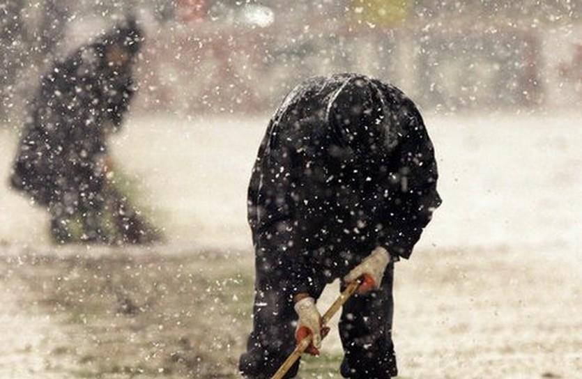 Снегопад во время матча США - Коста-Рика, skysports.com