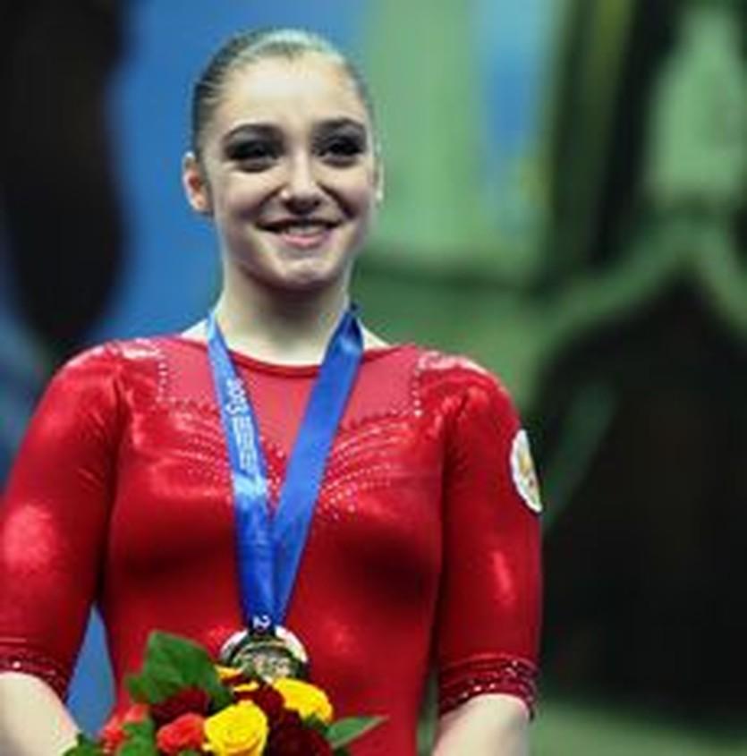 Алия Мустафина, sportgymrus.ru