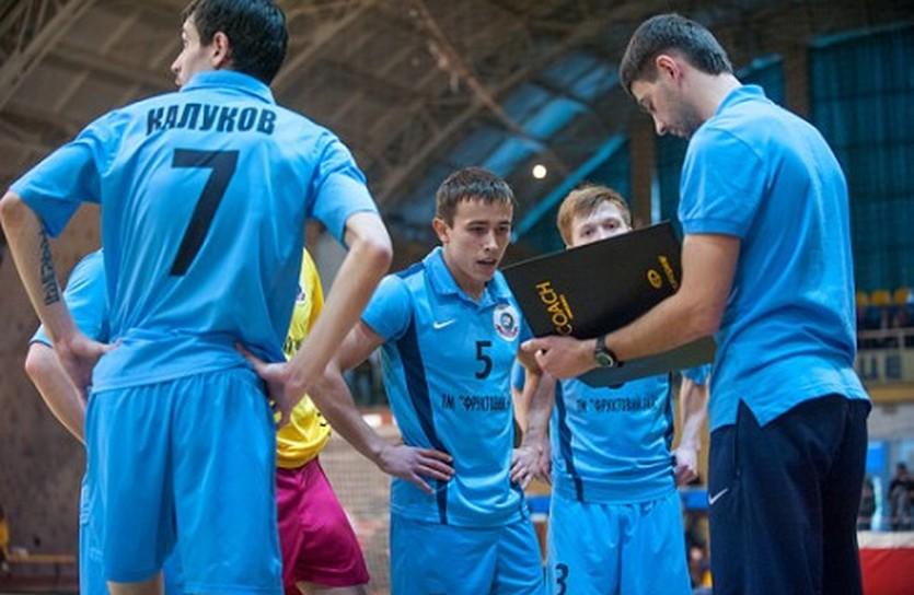 Спортлидер добыл первую победу, фото НФК Ураган