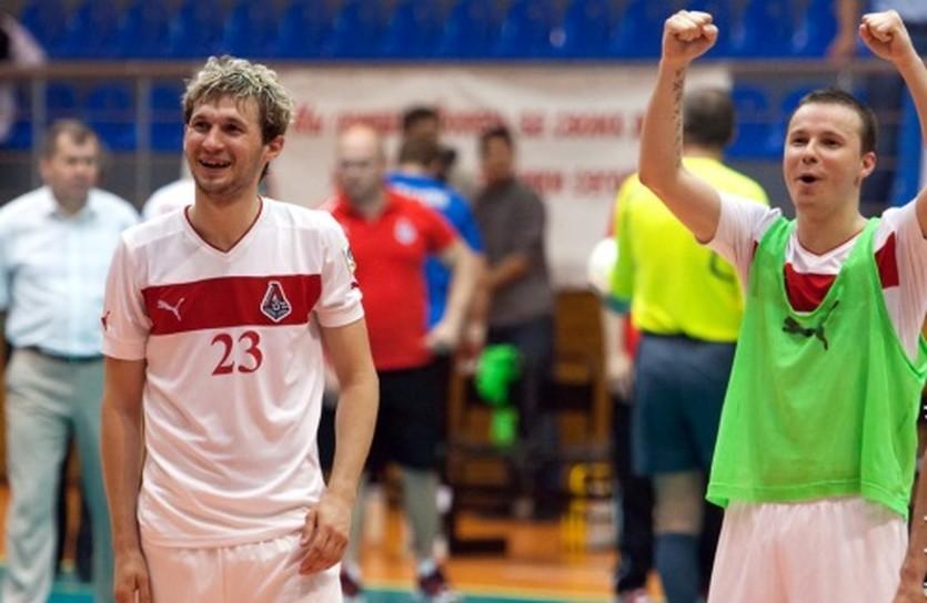 Евгений Клочко (слева) с братом Дмитрием, фото МФК Локомотив