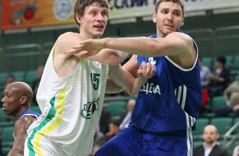Артем Пустовой (слева), фото Ирины Сомовой