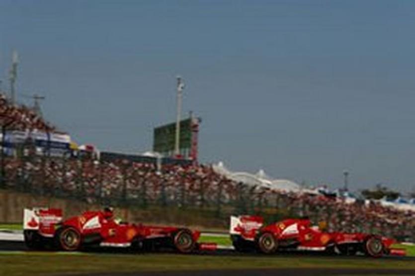 Алонсо и Масса, autosport.com