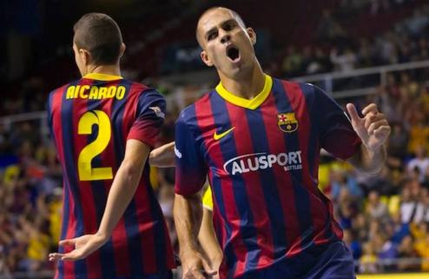 Айкардо и Фернандао наказали Локо, ФК Барселона