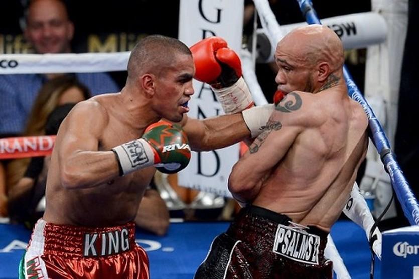 Карлос Молина (слева), Getty Images