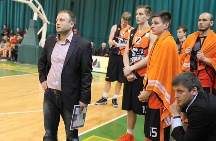 Максим Михельсон и его парни, фото БК Говерла