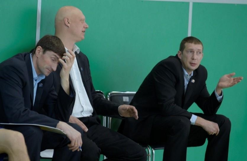 Олег Юшкин и его ассистенты, фото БК Киев