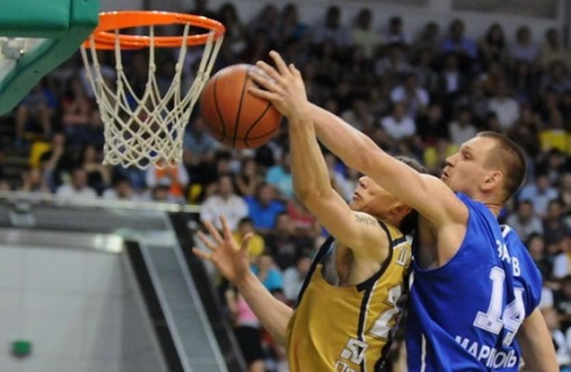 Баскетбол возвращается в Дворец Спорта, фото Ильи Хохлова