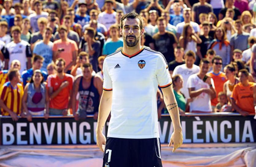 Альваро Негредо, фото ФК Валенсия