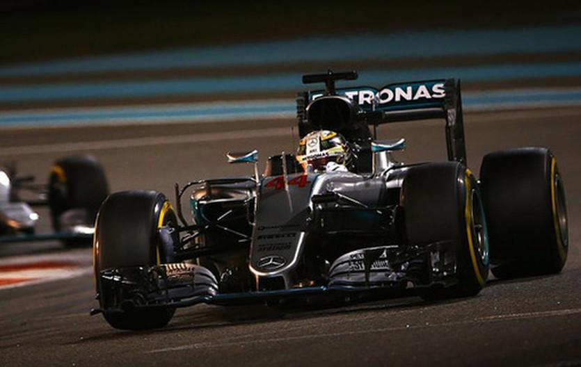 Формула-1. В Мерседес сожалеют об указаниях Хэмлтону в Абу-Даби