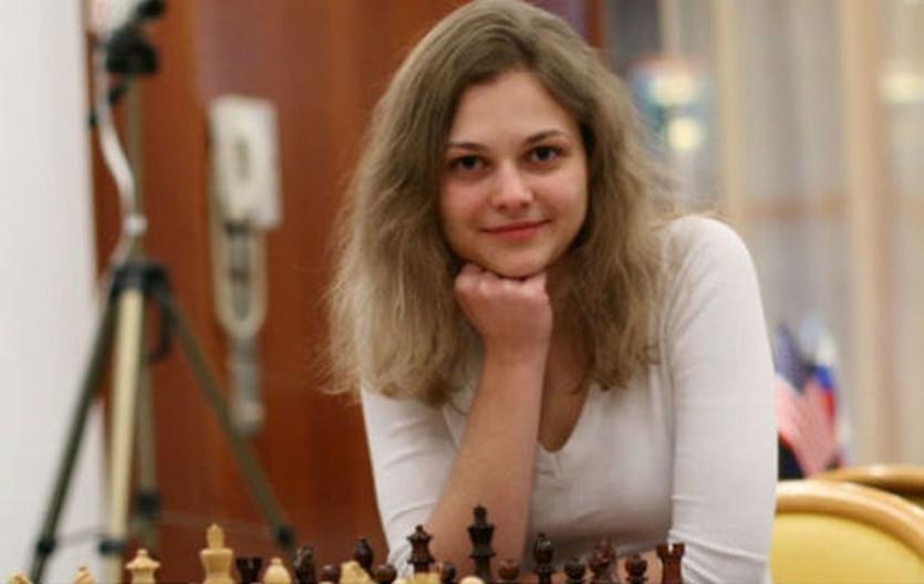 Музычук победила в первой партии полуфинала