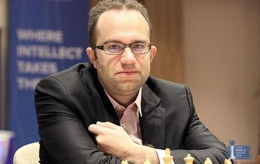 Эльянов сыграл вничью в шестом туре