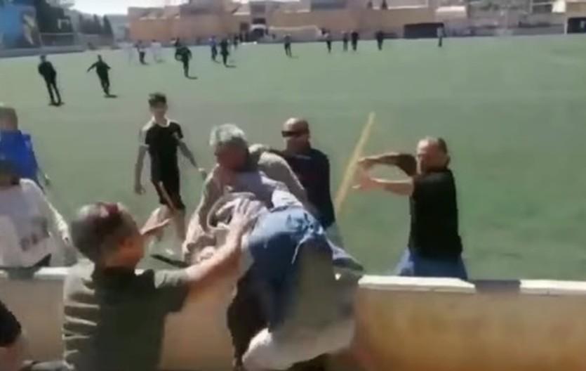 Детский футбольный матч завершился брутальной дракой родителей